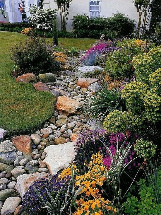 Работа с камнем, сухие ручьи, сады